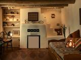 Modern Clay House Escape