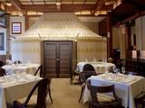 Lavka Lavka Restaurant Escape