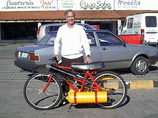 Воздухоцикл - Motorcycle With Air Compressor