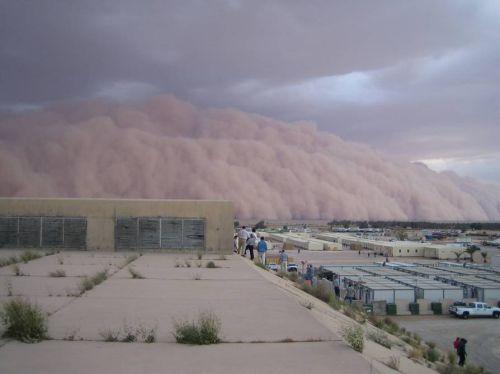 Песчаная буря в Ираке