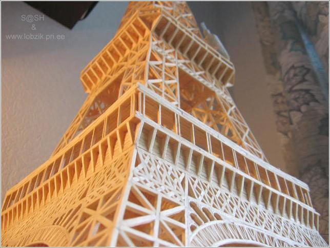 Эйфелева башня из спичек