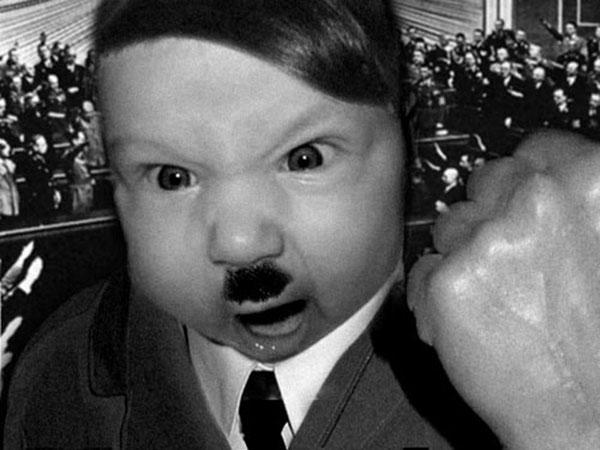 Издевательства над ребенком. Фотожаба