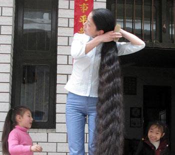 Ну очень длинные волосы