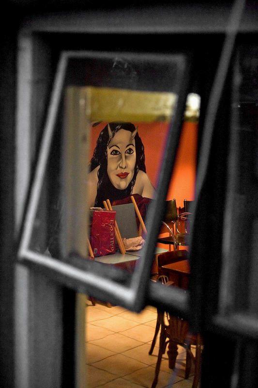 Квартал красных фонарей Амстердама