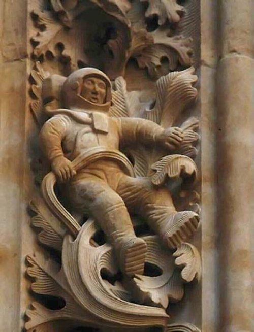 Космонавт 16-го века