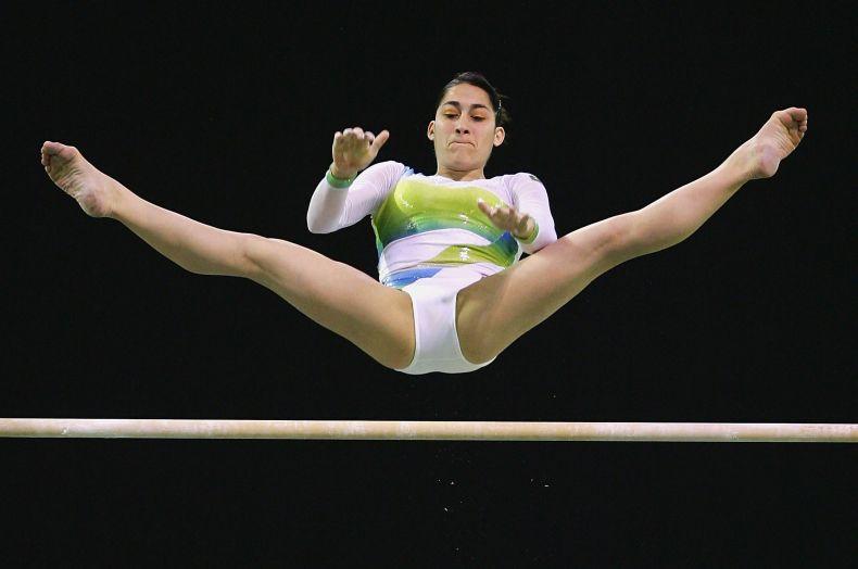 Порно фотографии спортивные гимнастки