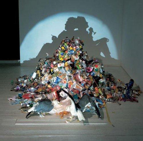 Картины из мусора