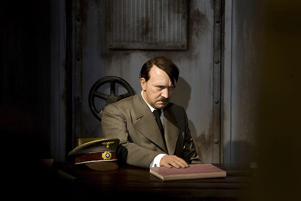 Hitler в берлинском музее мадам тюссо