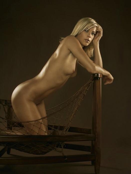 molodie-golie-mokrie-devki