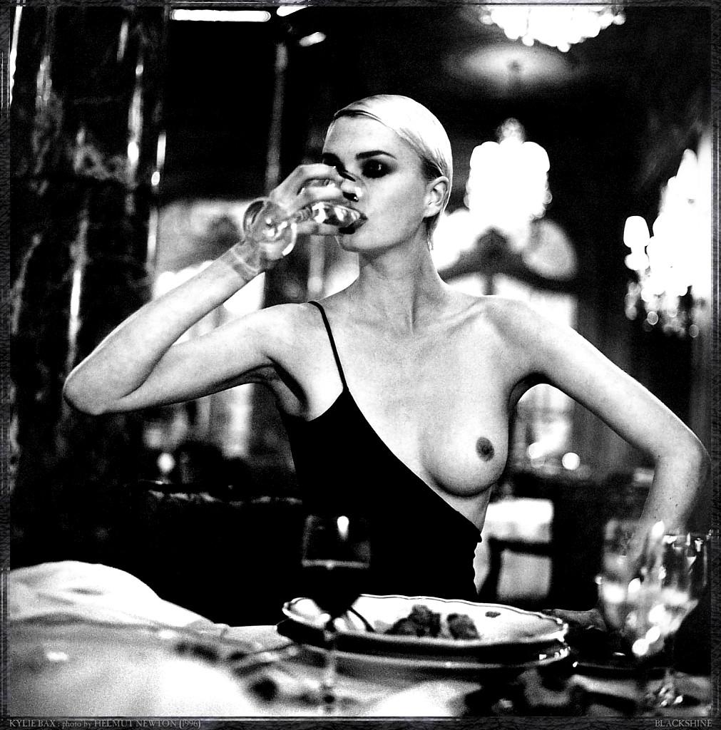 Фото еротика сериї 25 фотография