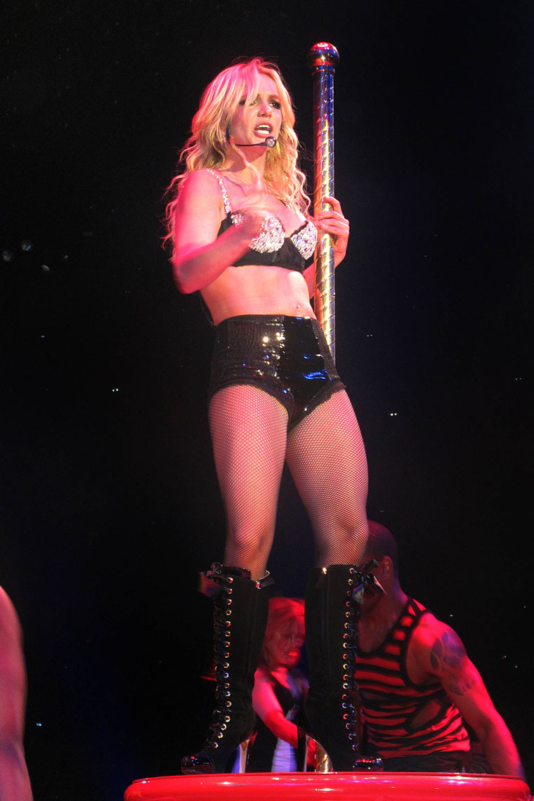 Новое турне Бритни Спирс (20 фото) .