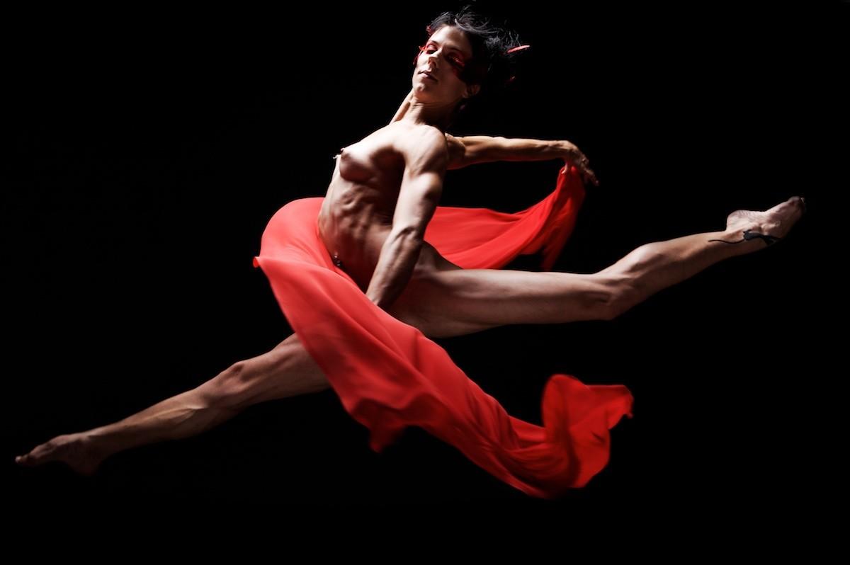 Обнаженный балет онлайн