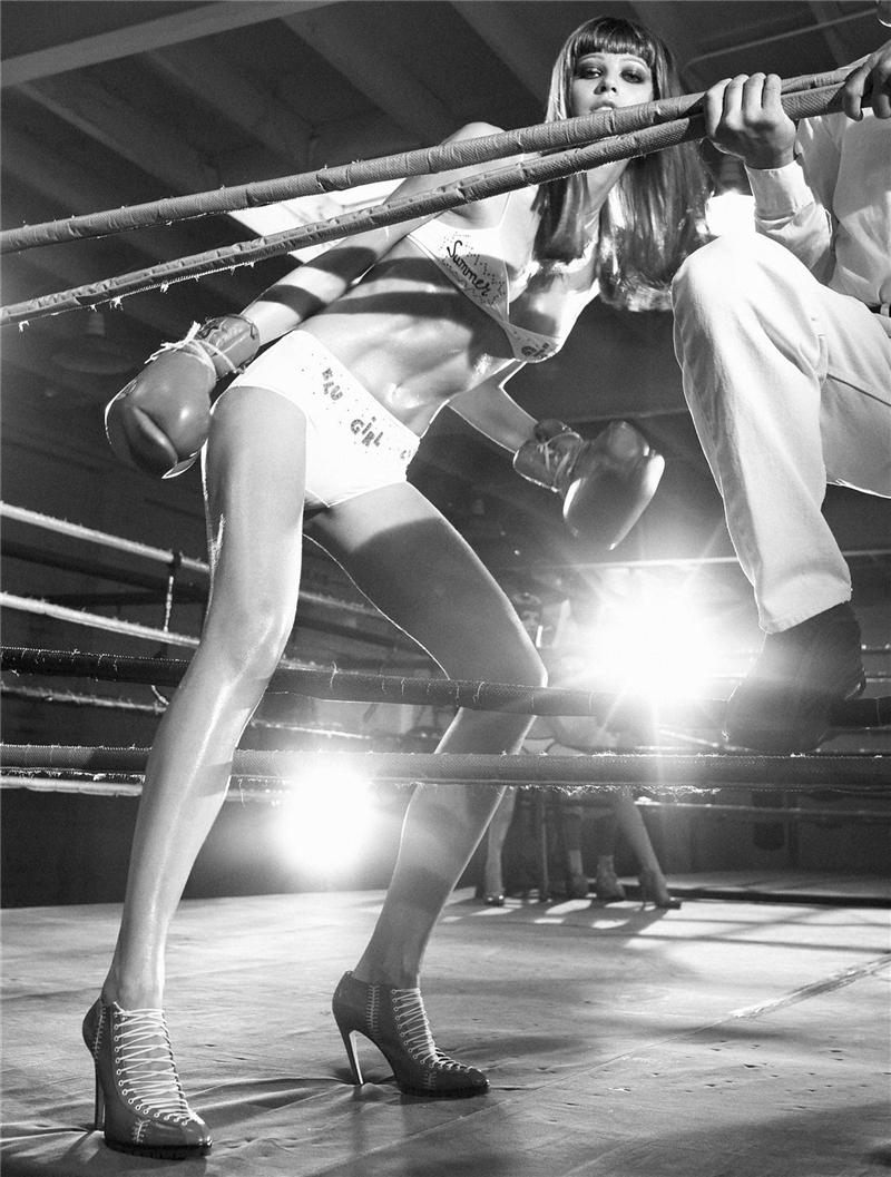 美女拳击淘汰赛 o 漂亮不是用来打的