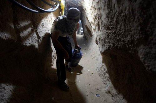 Подземный переход через границу