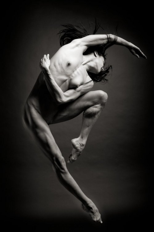 balet-golaya-balerina
