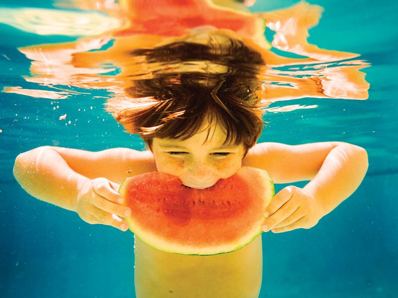 唯美艺术绝美的水下孩童 贴图专区
