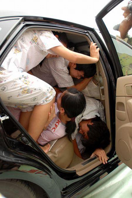 Китайцы в машине