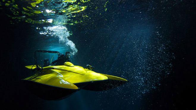 агент 007 на подводной лодке