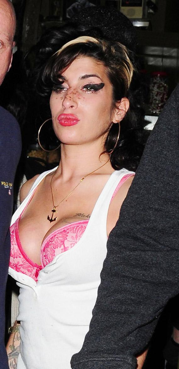 Sexy ghetto women