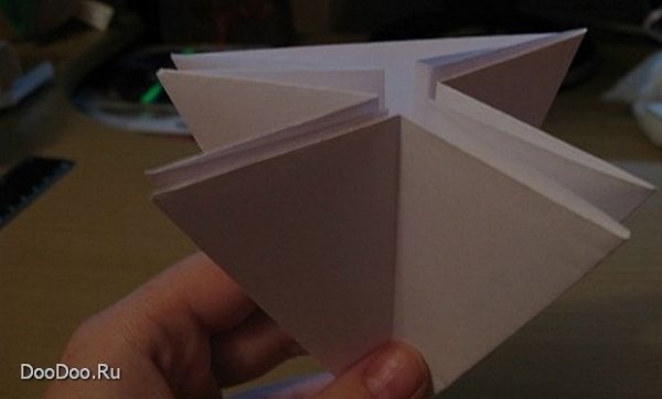 Как делать бумажную елку