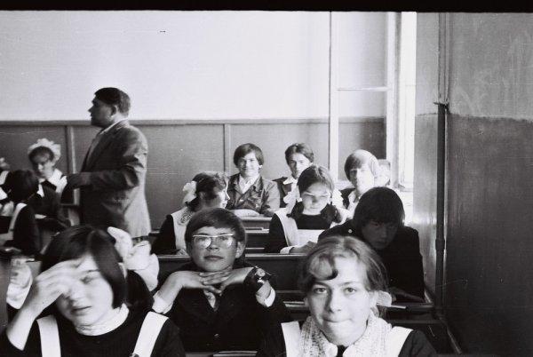 Школьные фотографии из СССР