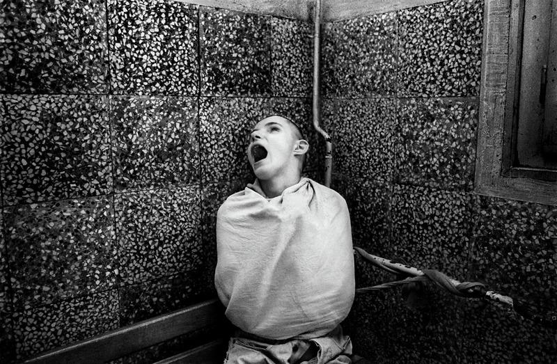 http://www.doodoo.ru/uploads/posts/2010-03/psychiatric-hospital-05.jpg