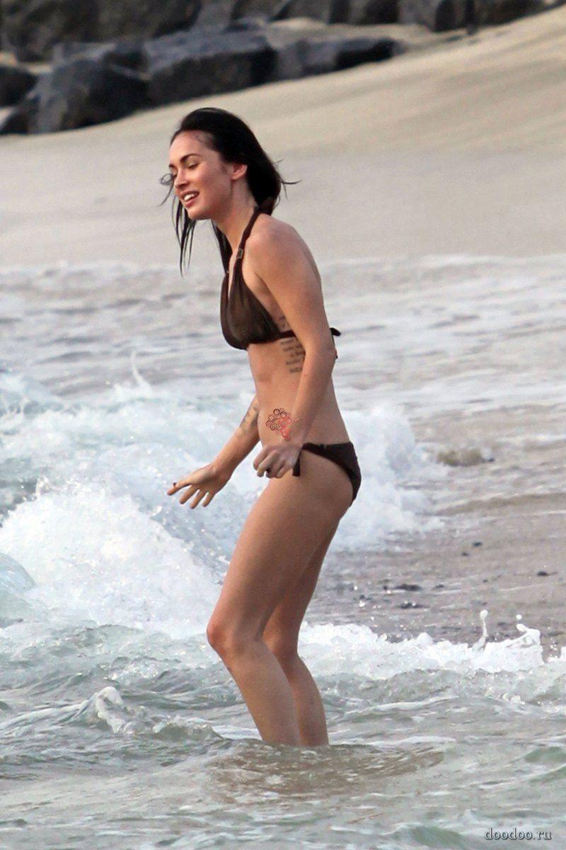 Меган фокс фото пляж