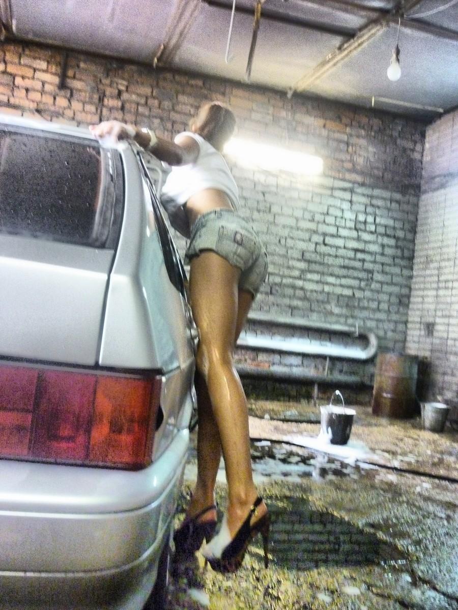 Смотреть онлайн девушки моют машины 26 фотография