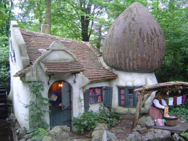 Сказочный домик смотреть