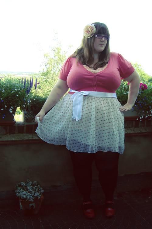 Фото девушек на аву толстых