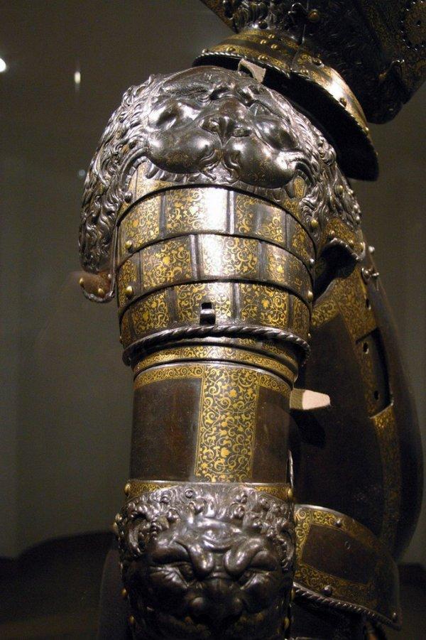 Древние шлемы