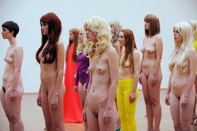 Голые бабы на порно фото  sexsphotocom