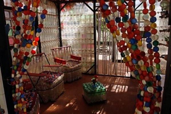 Домашние поделки своими руками из пластиковых бутылок