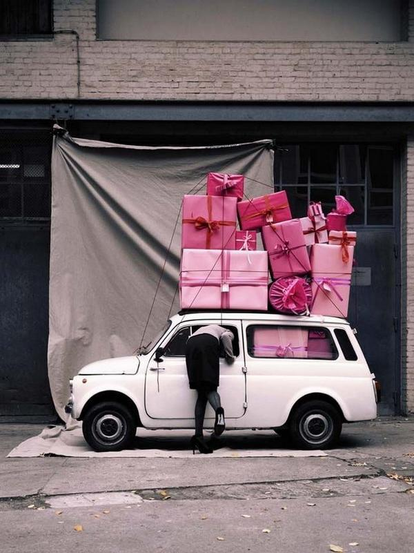 Смешные фото с подарками 21