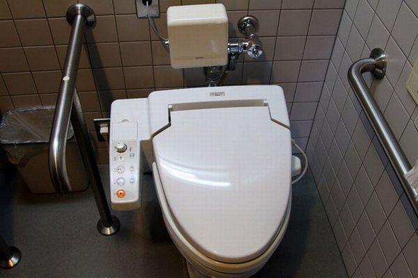Японский унитаз
