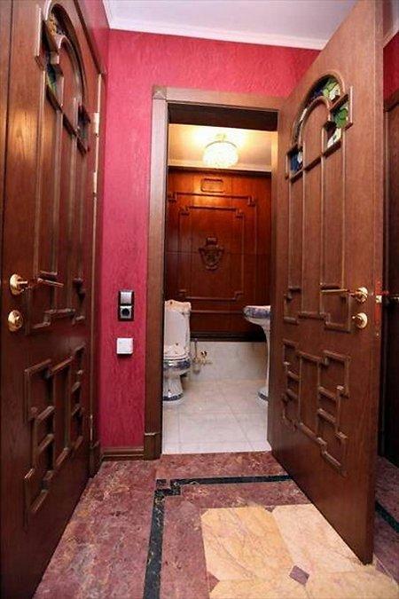 Волочкова продает квартиру в Питере