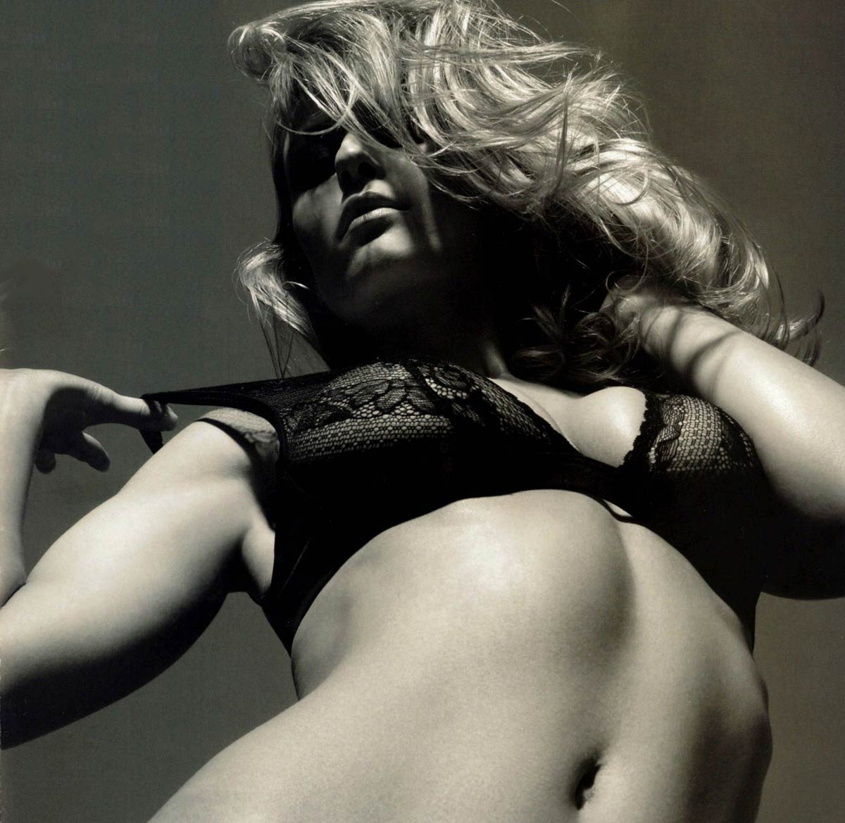 Самая большая и сексуальная девушка мира 28 фотография