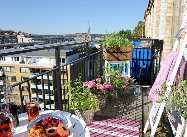 Быть удобные и красивые балконы