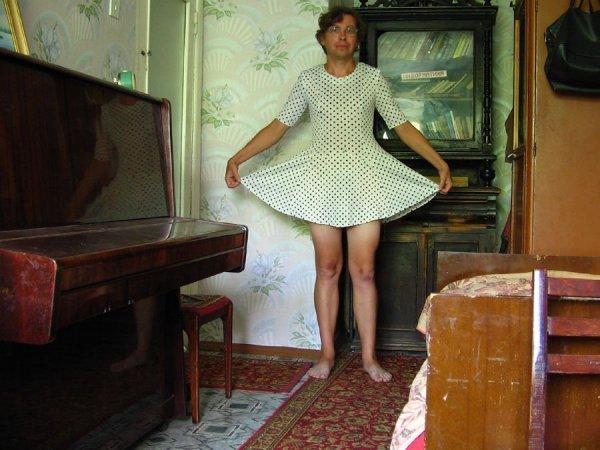 Фото под платьем любительское