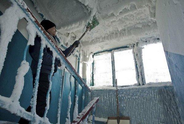 Ледяной подъезд
