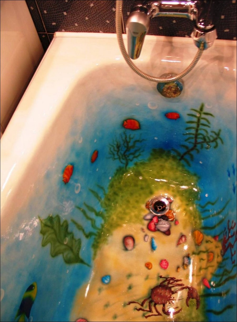 Раскрасить ванную комнату своими руками