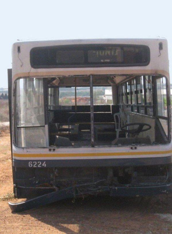 Девушки из Израиля сделали из старого автобуса жилье люкс класса.  Что у них получилось вы можете увидеть в...