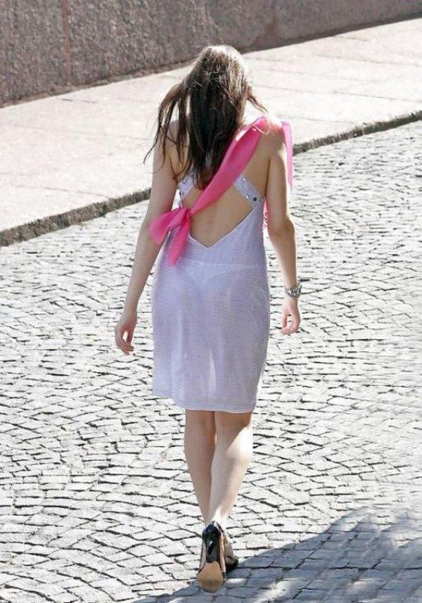 Фото без одежды по городу