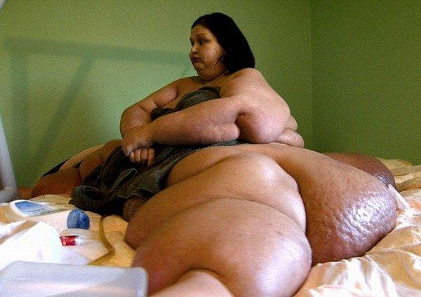 Пол-тонны женщины