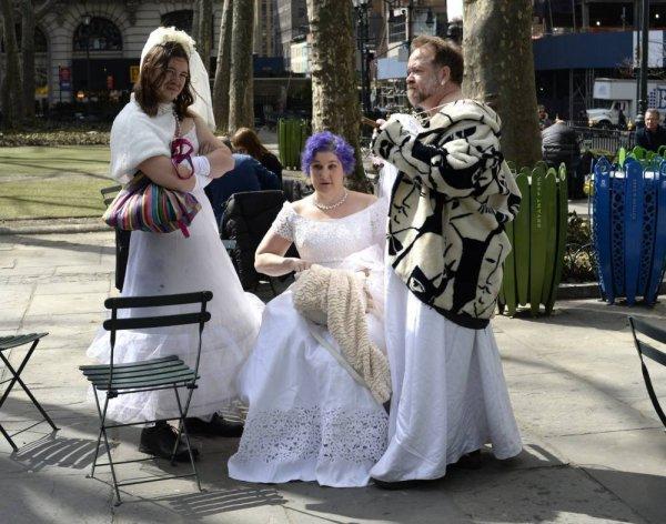 Мартовские невесты