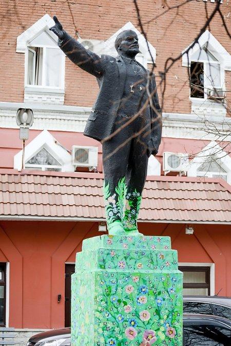 Весенний Ленин