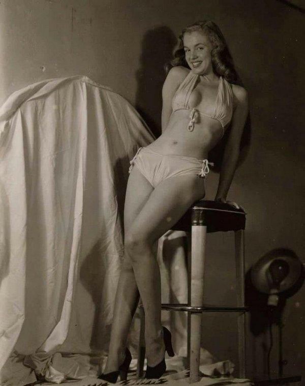 Голая Мерлин Монро в журнале Playboy и на других ню фото