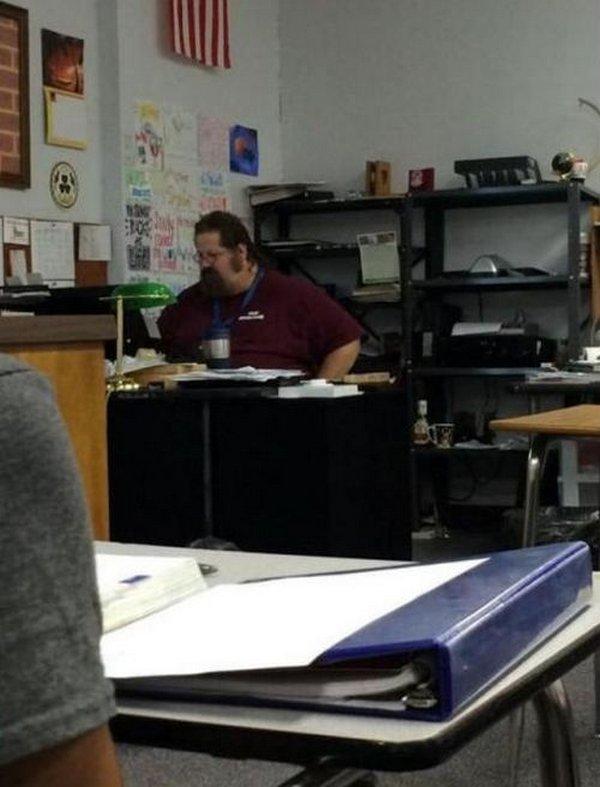 Чем занимается учитель..