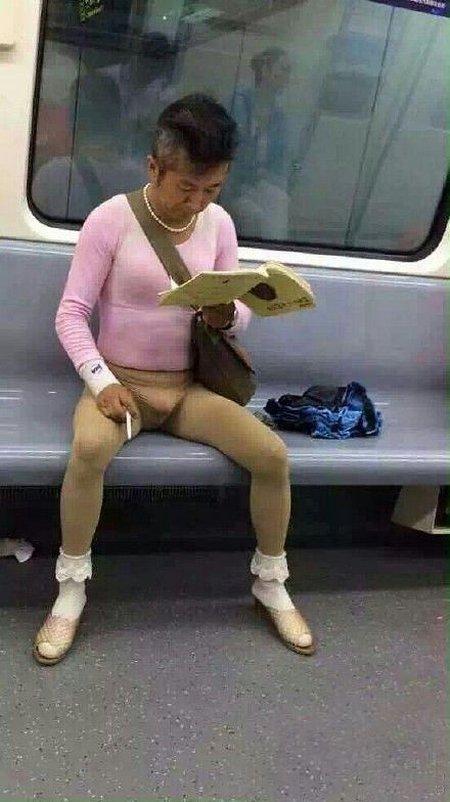Мужик в метро