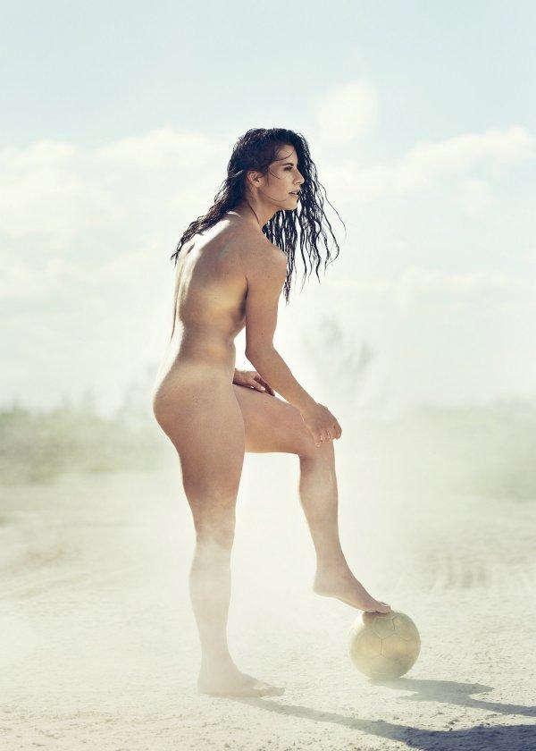 eroticheskaya-fotosessiya-belorusskih-sportsmenok